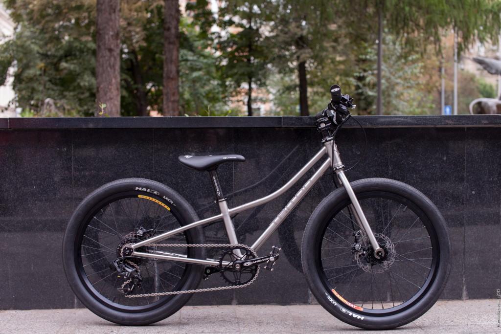 Triton Bikes September 2015 1